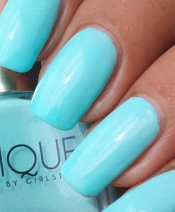 Baby Blues Swatches - Solique Gel Polish